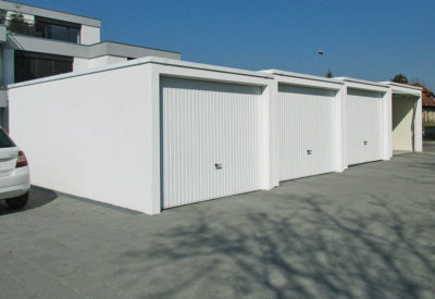 Garage aligné décalé